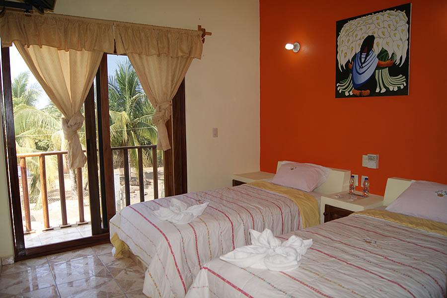 hotel puerto real: